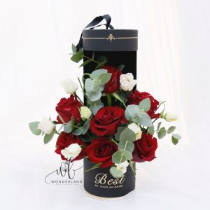 The Red and White Tube - Flower Set - Buy Online in Dubai